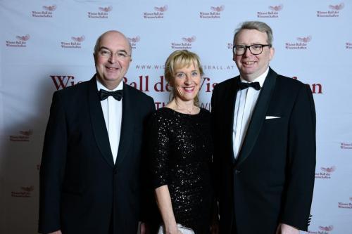 Karl Ennsfellner (IHC Krems) und Barbara Weitgruber (BMBWF)